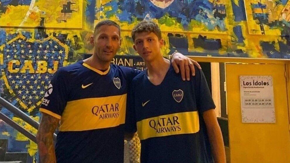 The football stars in awe of Boca Juniors - Bóng Đá