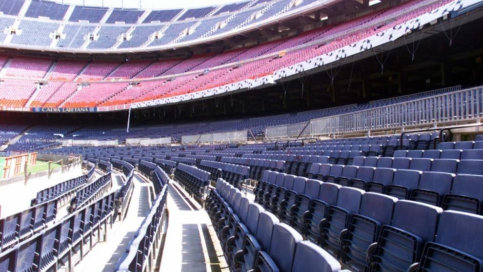 Barcelona vs Napoli tie could be moved away from the Camp Nou - Bóng Đá