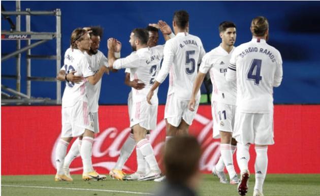 Hazard thẫn thờ trên khán đài, Real thắng nhọc đội bét bảng - Bóng Đá