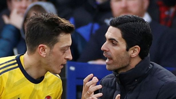 Arsenal dressing room appears to have picked side in Mikel Arteta and Mesut Ozil dispute - Bóng Đá