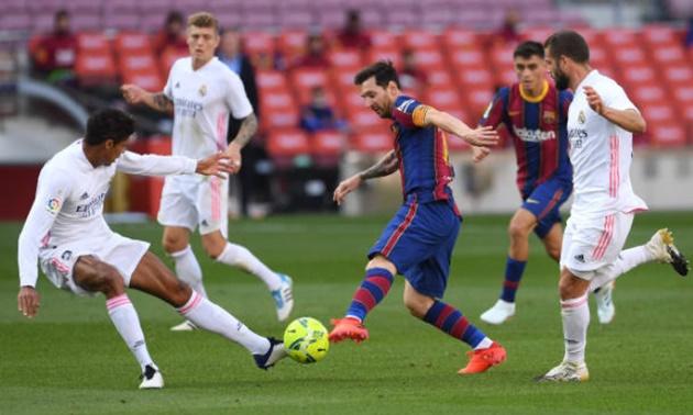 TRỰC TIẾP Barcelona 1-1 Real Madrid: Messi bỏ lỡ cơ hội đáng tiếc - Bóng Đá