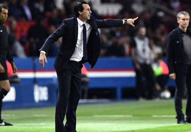 PSG lên ngôi đầu, Emery nói gì?