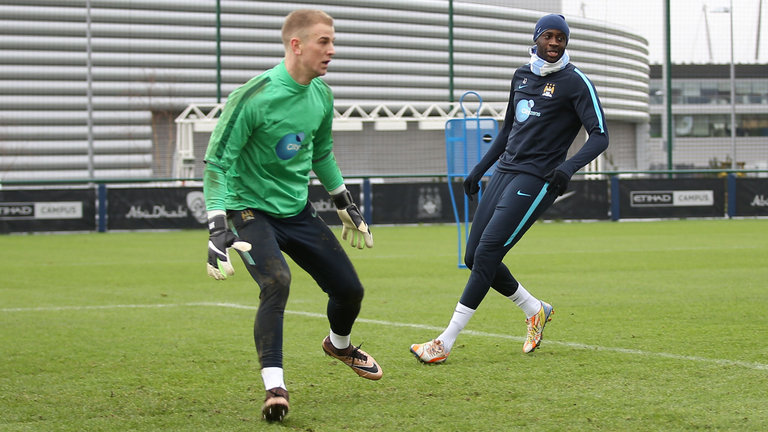 yaya-toure-joe-hart-manchester-city_3790732