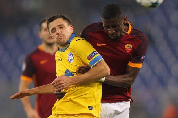 Sao Serie A làm rầu lòng đại gia Premier League