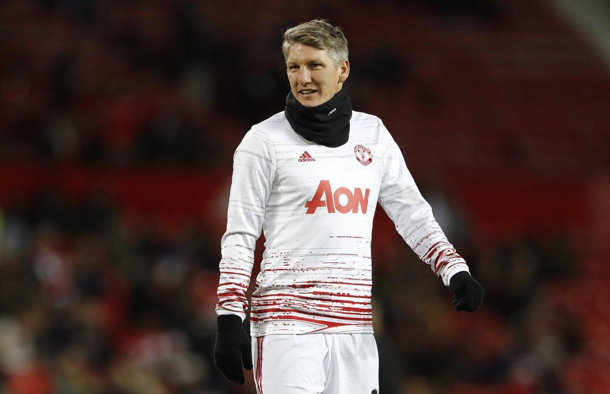 Cực nóng: Mourinho cởi trói cho Schweinsteiger