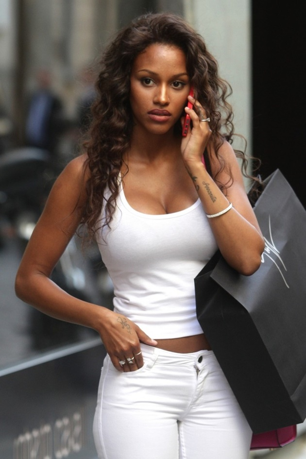 fanny-neguesha-out-and-ab
