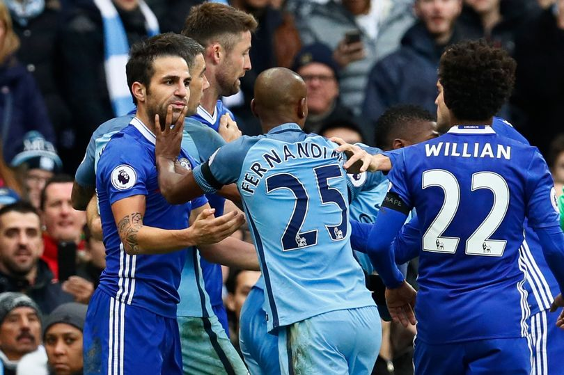 Manchester-Citys-Fernandinho-clashes-with-Chelseas-Cesc-Fabregas-before-being-sent-off