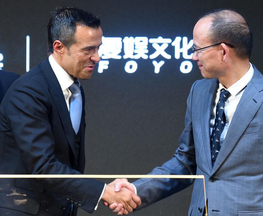 Đằng sau 'mưa tiền Trung Quốc': Một vòng quay mới - Bóng Đá