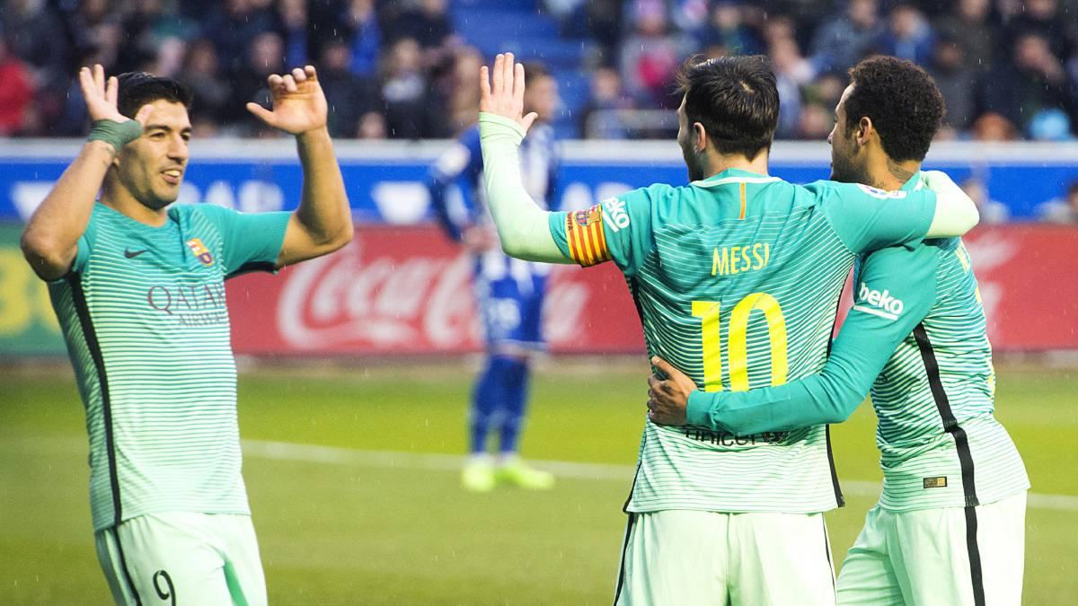 Messi, Suarez thống trị cuộc đua Pichichi