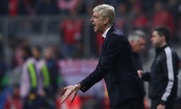 Arsenal, sau giang san là khoảng trống khổng lồ