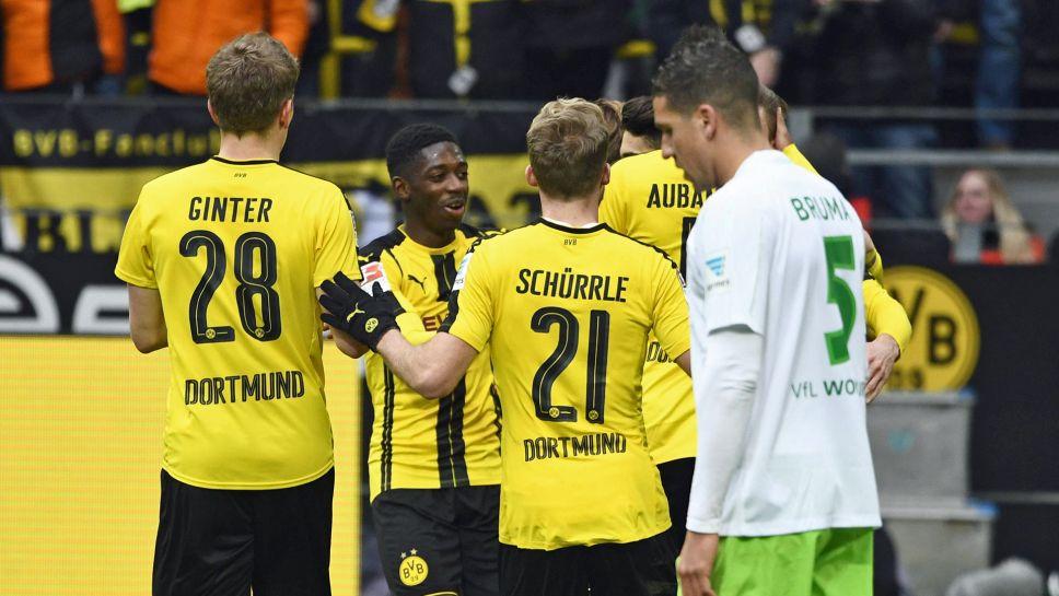 Sao trẻ tỏa sáng, Dortmund vùi dập Wolfsburg