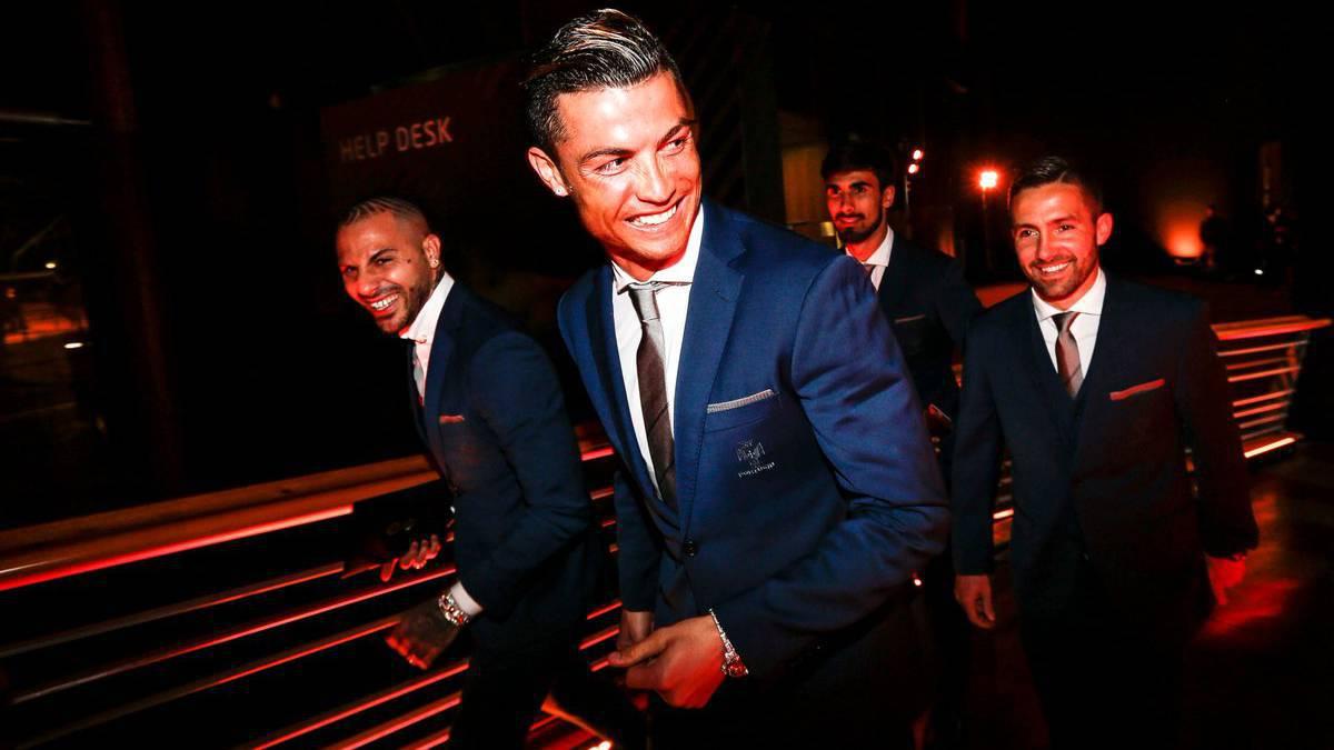 Cristiano Ronaldo lại được vinh danh - Bóng Đá
