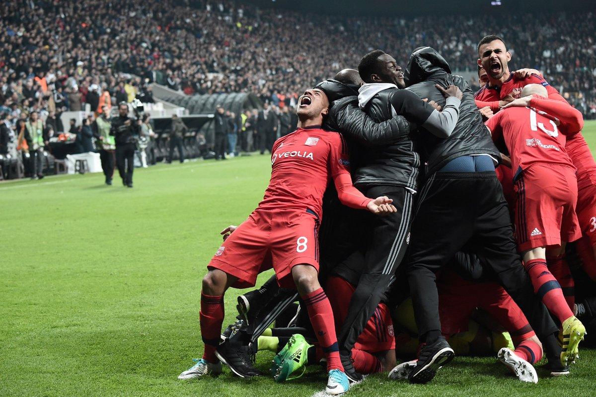 Tứ kết Europa League: Ajax lập kỳ tích 20 năm, Lyon và Celta Vigo thắng nghẹt thở - Bóng Đá