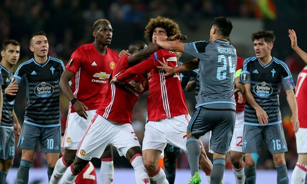Mourinho: Bailly chỉ đáng thẻ vàng - Bóng Đá