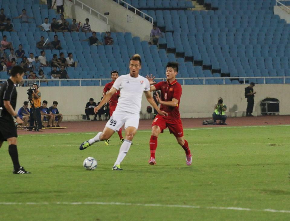 TRỰC TIẾP U22 Việt Nam vs Ngôi sao K-League: Đức Chinh rời sân - Bóng Đá