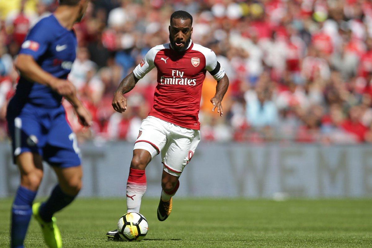 TRỰC TIẾP Arsenal 0-0 Chelsea: Lacazette sút trúng cột dọc! - Bóng Đá