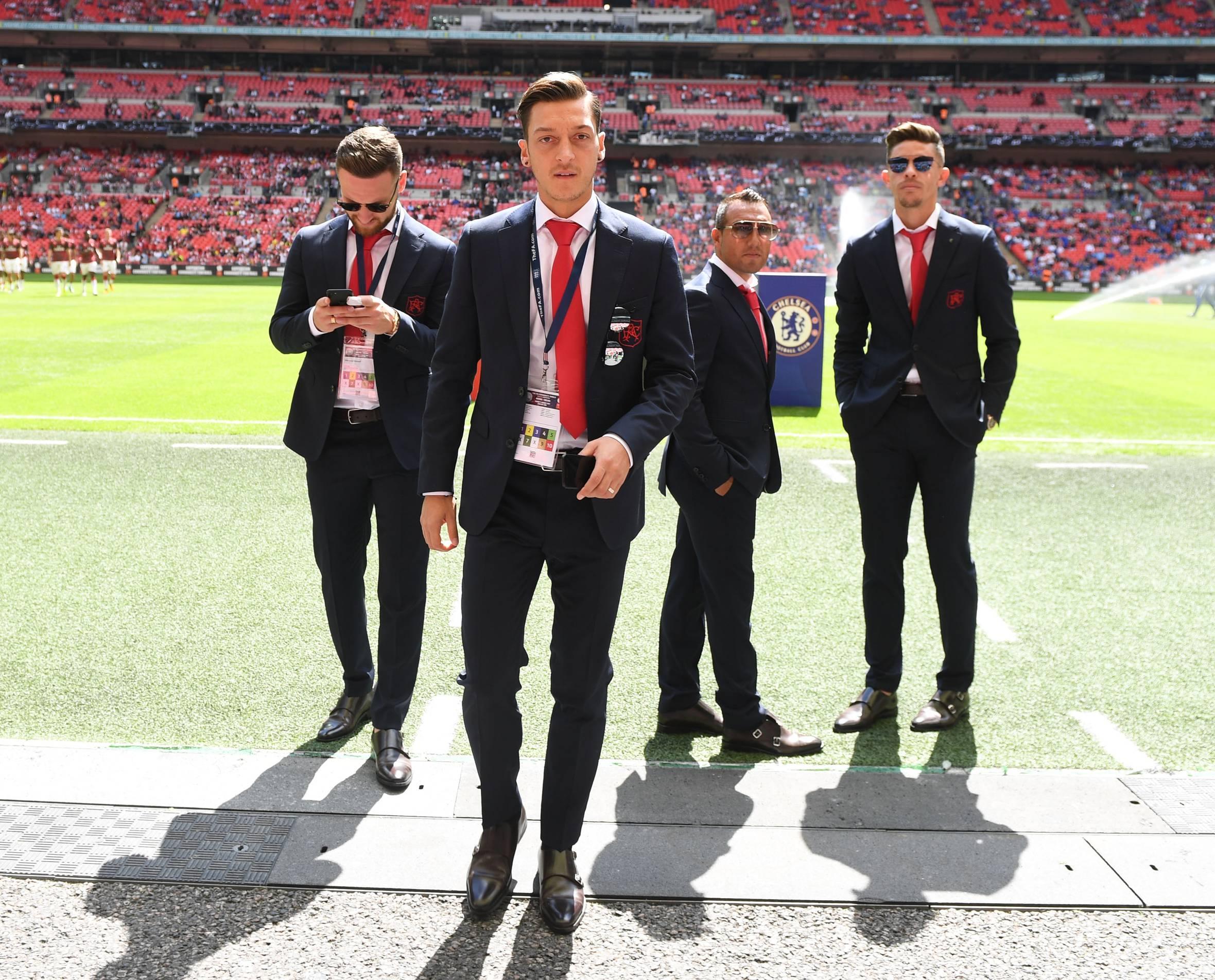 Arsenal có nhà tài trợ áo vest mới - Bóng Đá