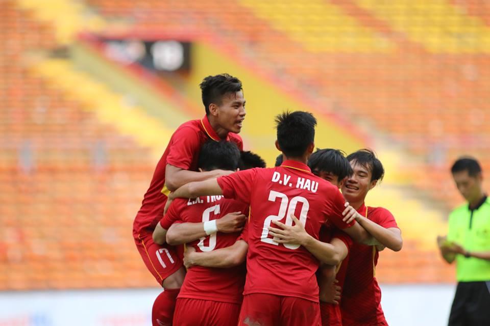 TRỰC TIẾP U22 Việt Nam 4-0 U22 Campuchia: U22 Campuchia vỡ trận (Hiệp 2) - Bóng Đá