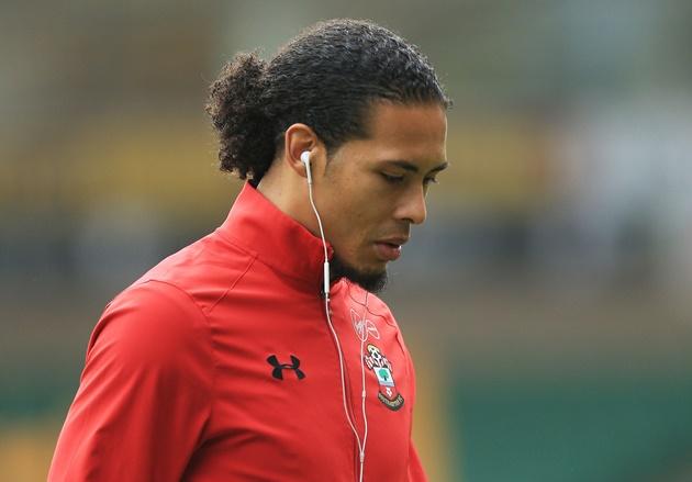 Virgil van Dijk trở lại ngày Southampton bị