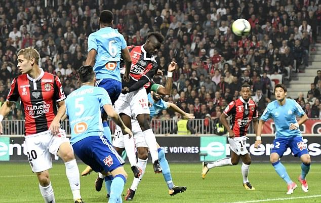Thua trận, Balotelli vẫn có hiệu suất ấn tượng - Bóng Đá