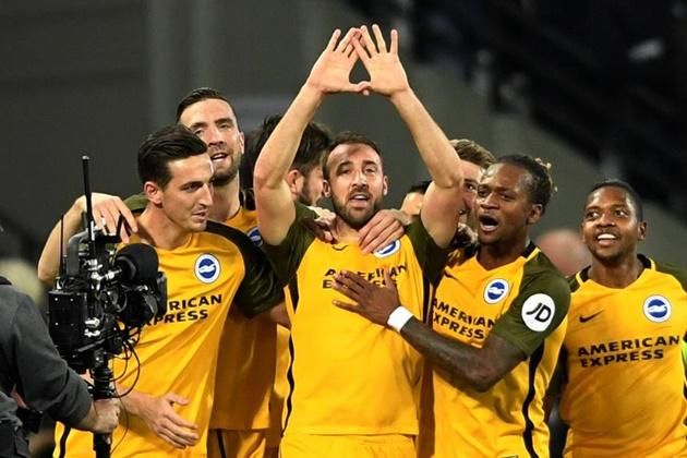 Tân binh Premier League có lần đầu tiên ngọt ngào - Bóng Đá
