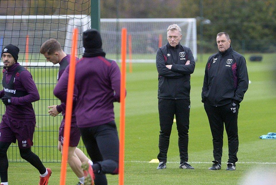 David Moyes giải cứu West Ham: Bắt đầu từ Chicharito? - Bóng Đá