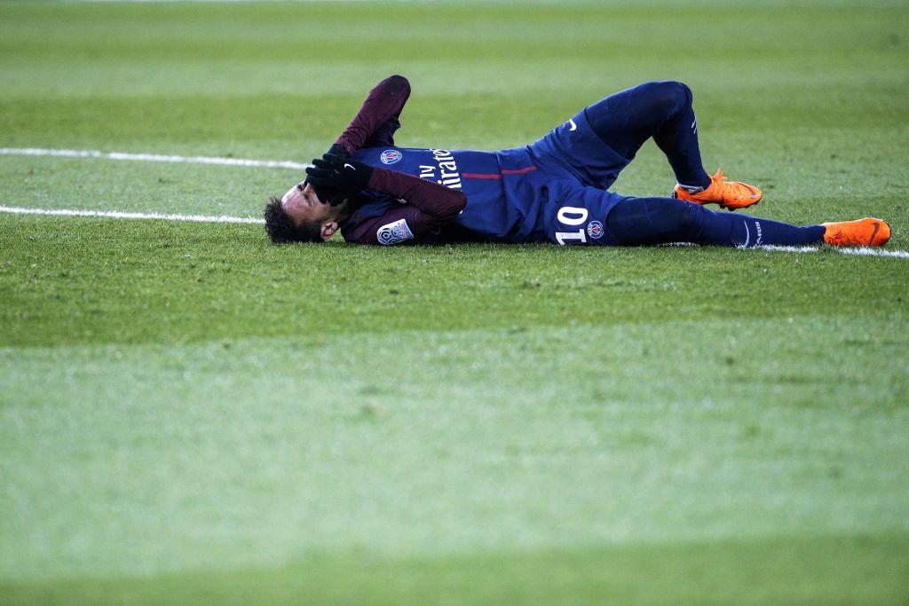 NÓNG: Neymar xong ca mổ, ấn định ngày trở lại - Bóng Đá