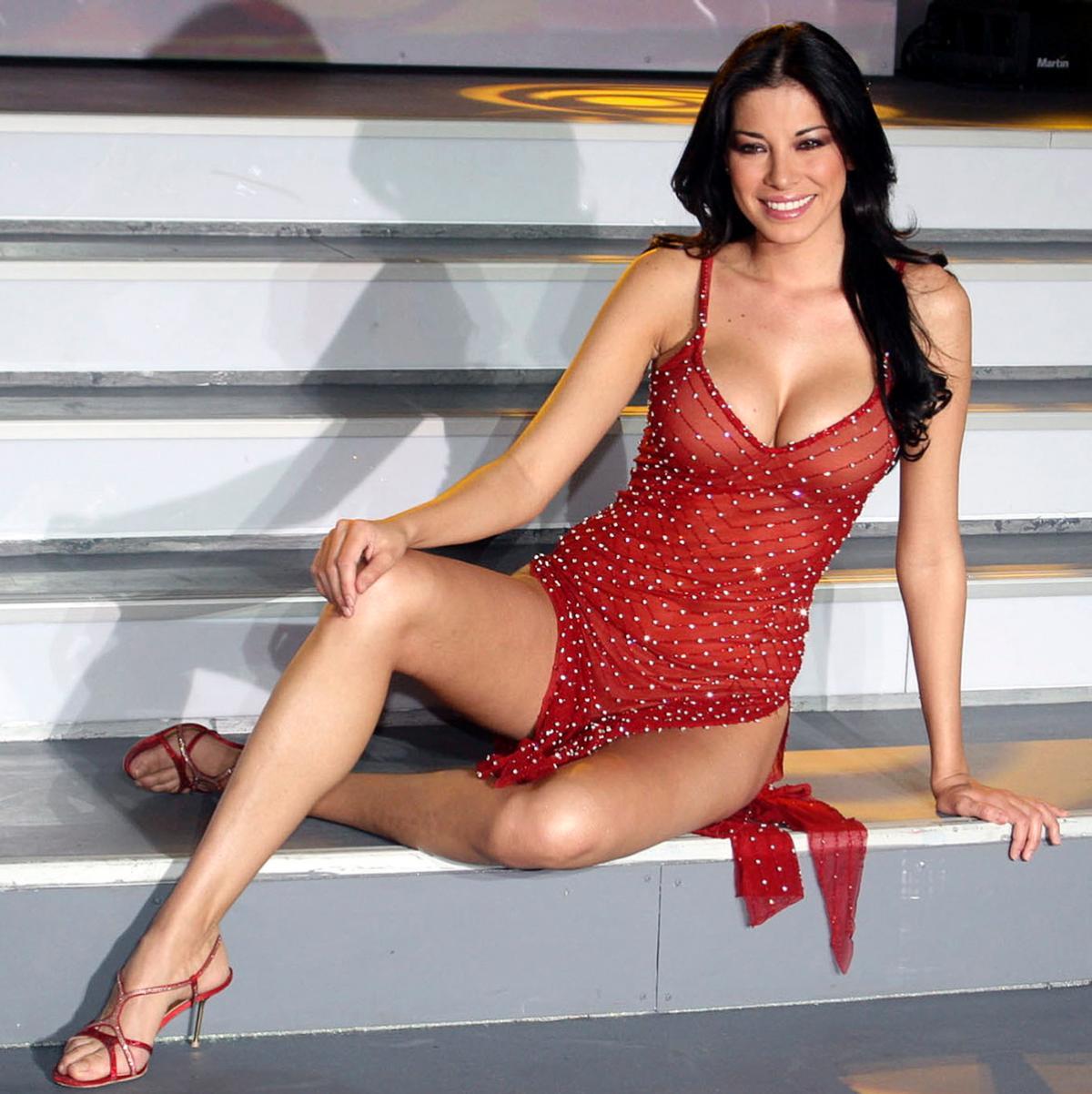 Bikini Ludmila Isabella naked (35 photos), Tits, Leaked, Twitter, braless 2015