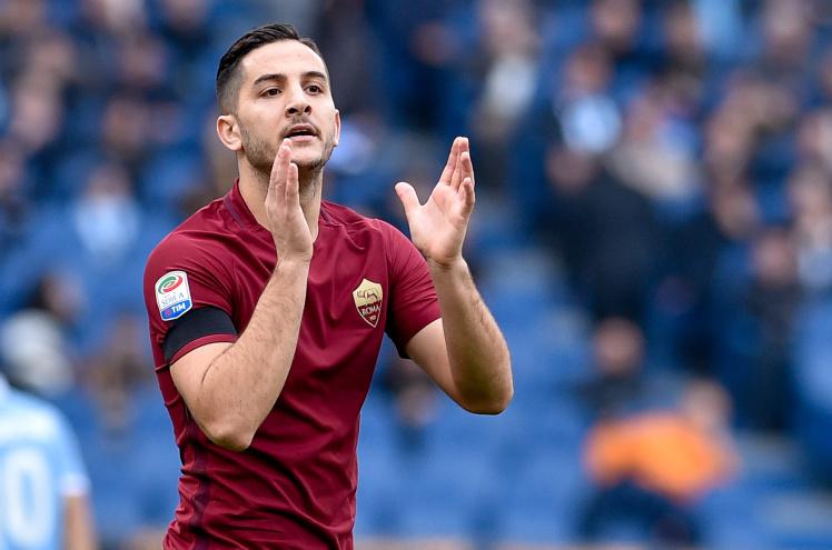 Chưa xong Lindelof, M.U lại chi đậm cho trung vệ Roma