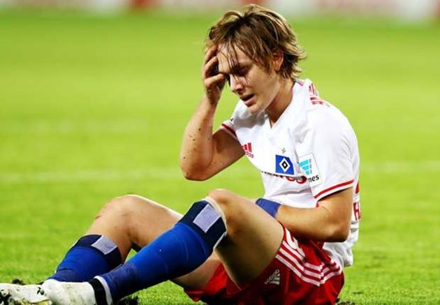 Sau Barca, thần đồng Croatia vẫn chưa thoát cảnh lận đận