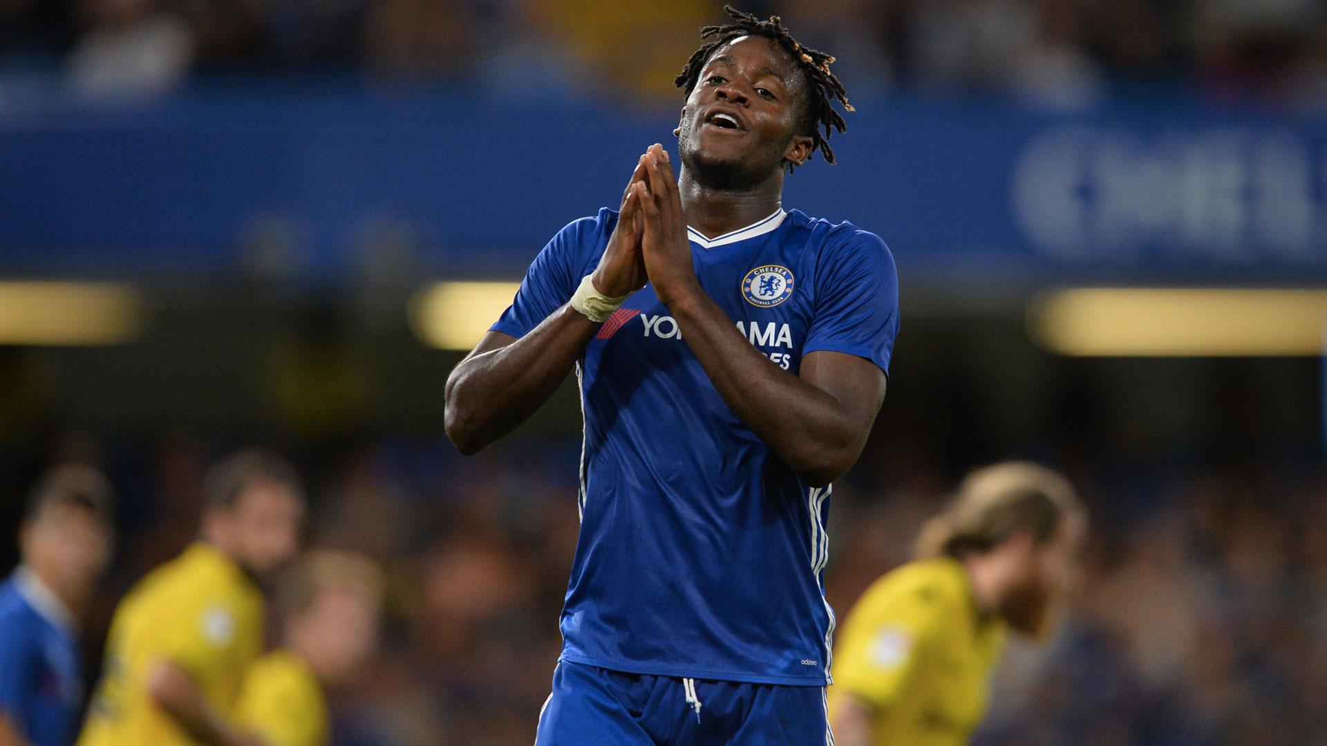 Em trai của Batshuayi sẽ là 'người thế thân' để Chelsea mua Llorente - Bóng Đá
