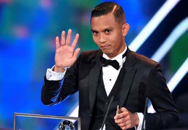 Cầu thủ Malaysia xuất sắc giành giải thưởng Pukas - Bóng Đá