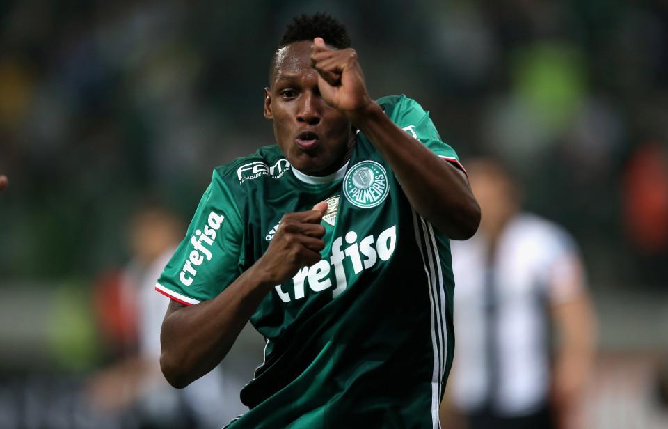 Sau Marlon, Barca chuẩn bị có trung vệ Nam Mỹ tiếp theo