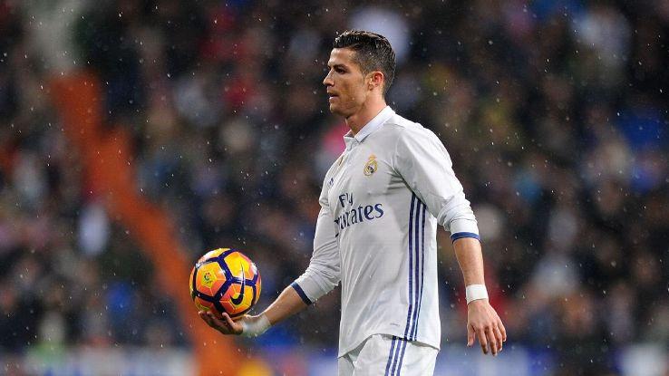 Ronaldo bị chỉ trích, Di Maria lên tiếng bênh vực