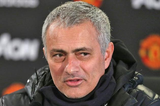 Chối từ Chelsea và Arsenal, Dembele có bị Mourinho 'hạ gục'? - Bóng Đá