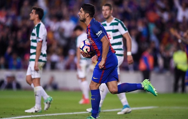 Messi solo đẳng cấp, Enrique chia tay Camp Nou bằng màn ngược dòng kịch tính - Bóng Đá