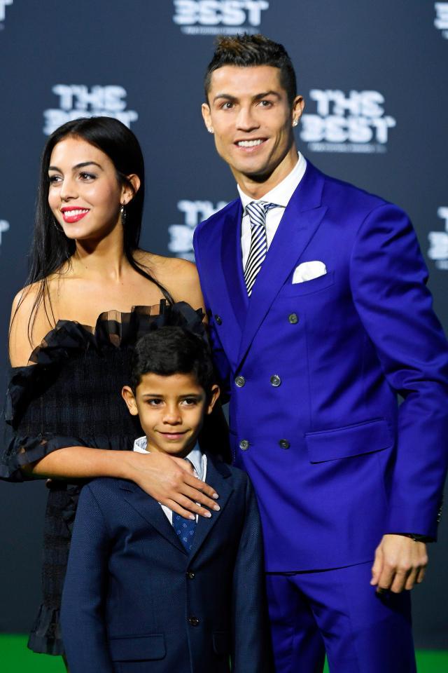 Ronaldo cùng bạn gái ấp ủ giấc mơ Super Baby - Bóng Đá