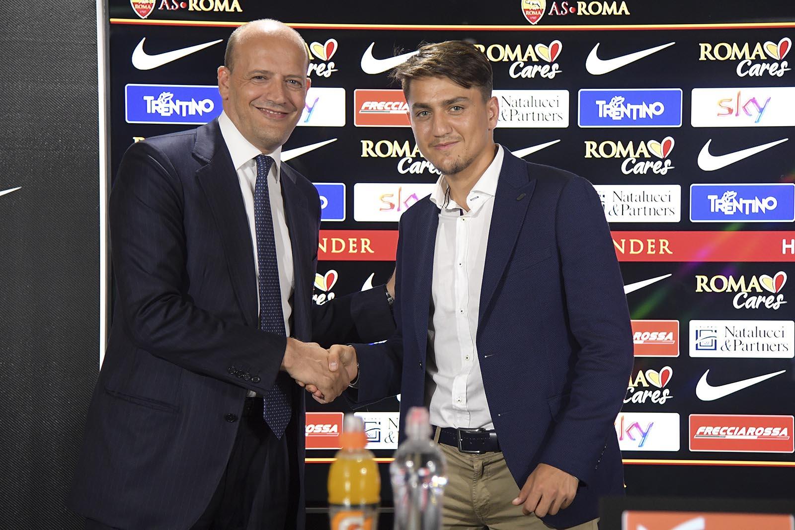 CHÍNH THỨC: Roma chiêu mộ thành công Cengiz Under - Bóng Đá