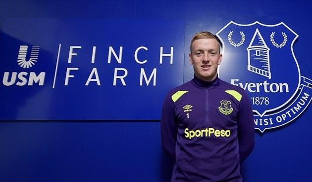 Jordan Pickford hồi hộp chờ trận đấu chính thức cho Everton - Bóng Đá