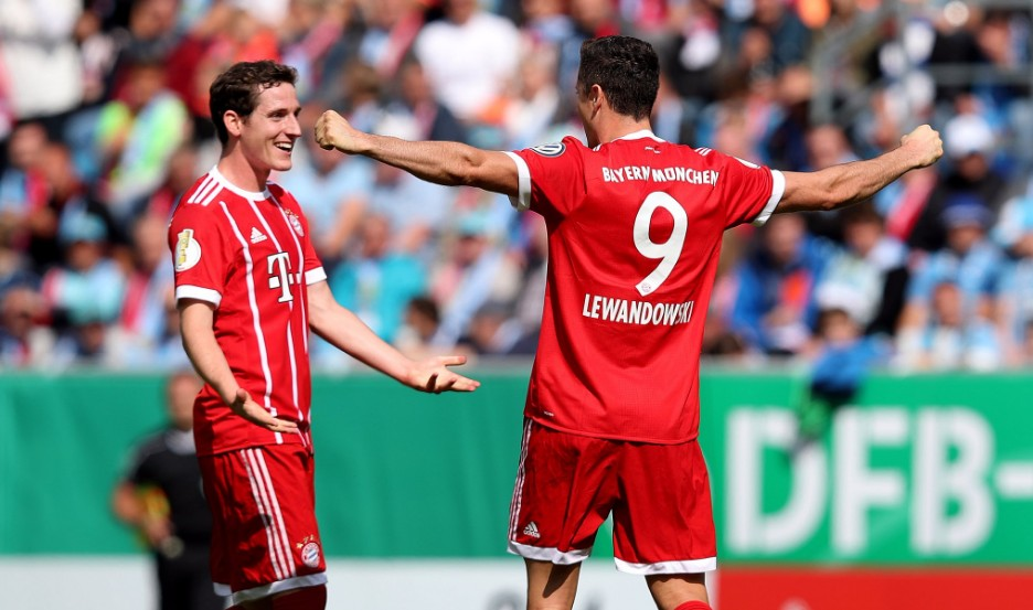 Vòng 1 Cúp quốc gia Đức: Lewy ghi 2 bàn, Aubameyang lập ngay hat-trick - Bóng Đá