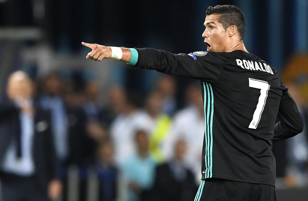 Real của Zidane đơn giản là chơi với một đội hình bình thường - Bóng Đá