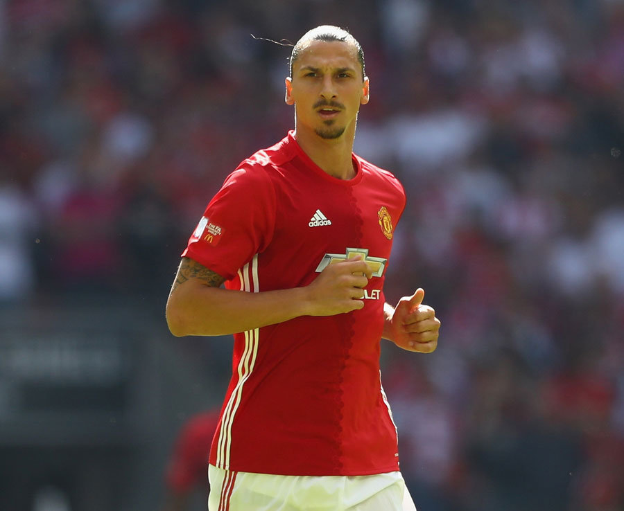 Ibrahimovic trở lại, đội hình của M.U khiến cả Ngoại hạng Anh khiếp đảm - Bóng Đá