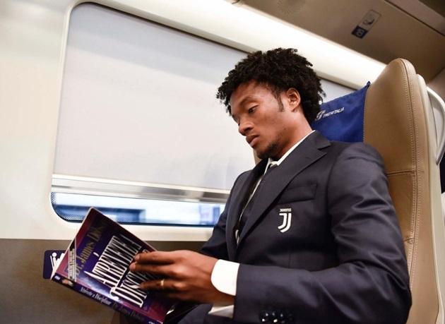 Ảnh Juventus đến Reggio Emilia - Bóng Đá
