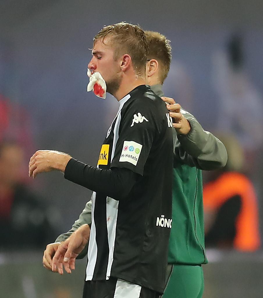 RB Leipzig 2-2 Monchengladbach: Rượt đuổi gay cấn, Naby Keita lĩnh thẻ đỏ - Bóng Đá