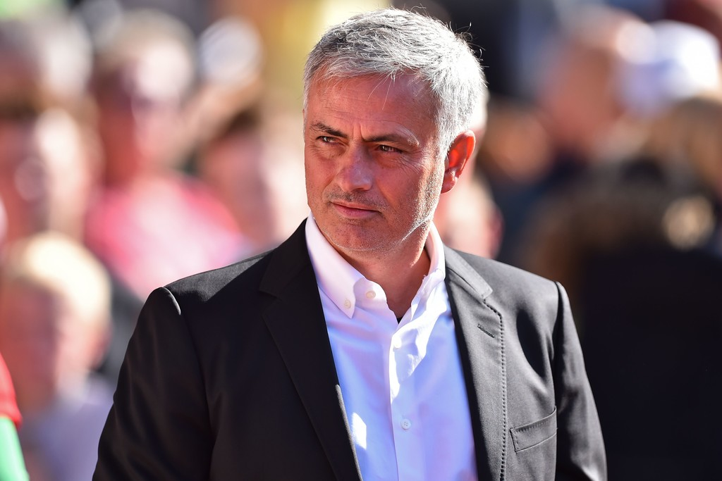 Thắng nhọc trước Southampton, Mourinho đổ tại thời tiết - Bóng Đá