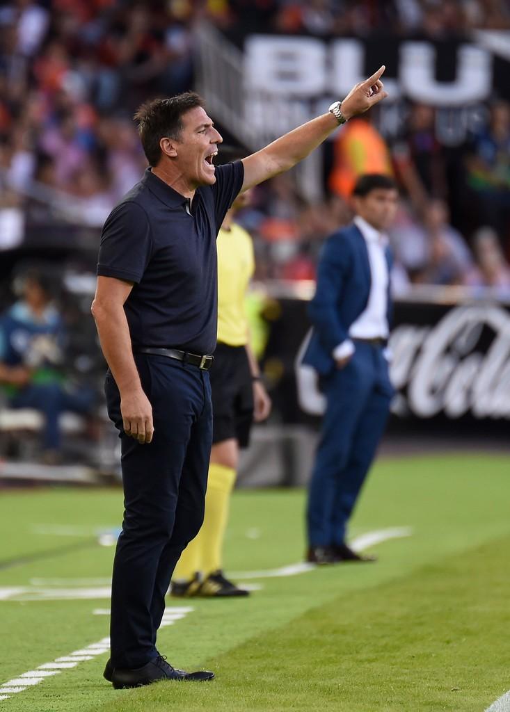 Valencia 4-0 Sevilla: - Bóng Đá