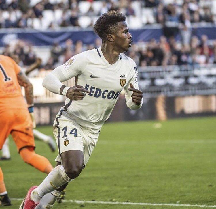 Keita Balde lại ghi bàn, Monaco tiếp tục bám đuổi PSG