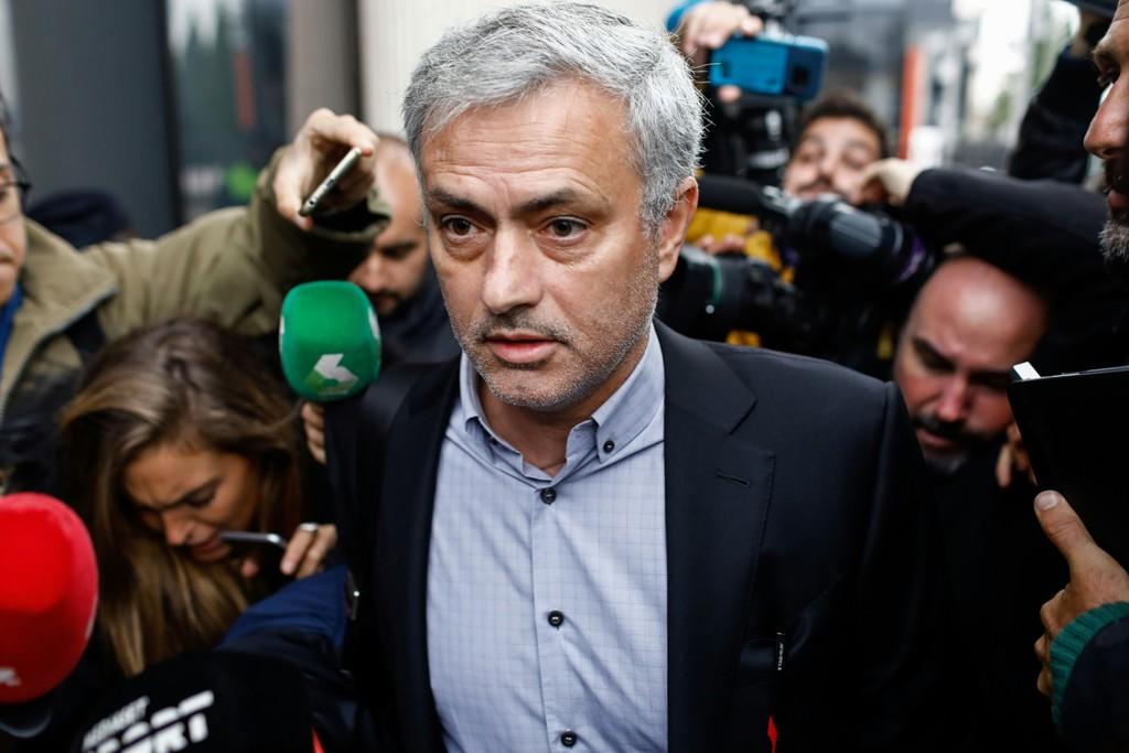 Muốn thành công, M.U hãy cho Mourinho thời gian - Bóng Đá