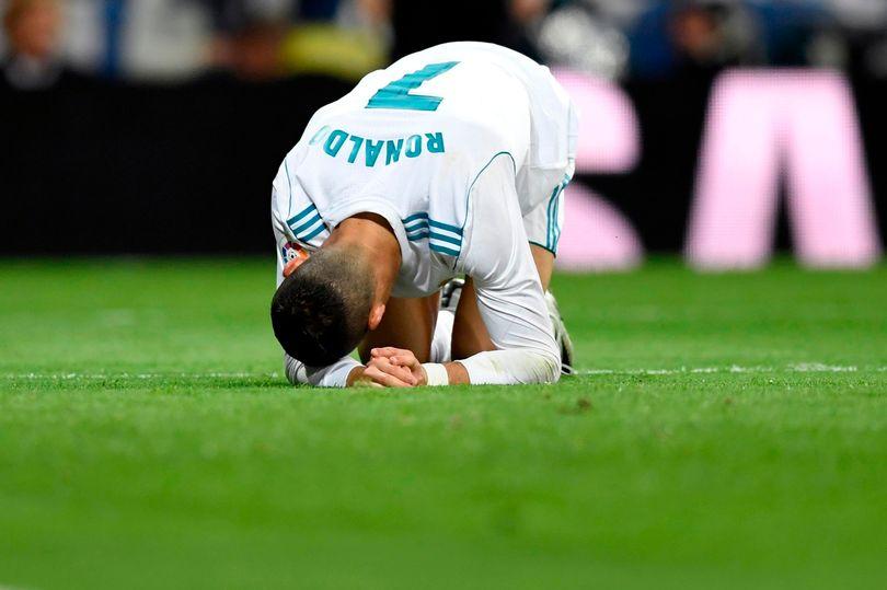 Khi không thể ghi bàn thì Ronaldo làm gì? - Bóng Đá
