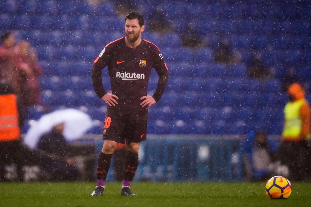 'Làm gì có cách nào chống lại Messi'?' - Bóng Đá